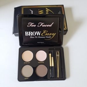 New! NIB Too Faced Brow Envy Eyebrow Kit